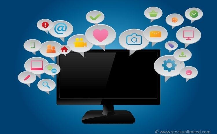Computerscherm omgeven door tekstballonnetjes met daarin verschillende icoontjes