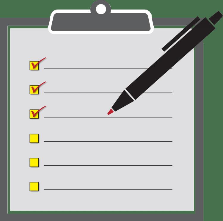 Pen en lege checklist met 6 punten en lijnen waarvan er 3 aangekruist zijn en 3 niet